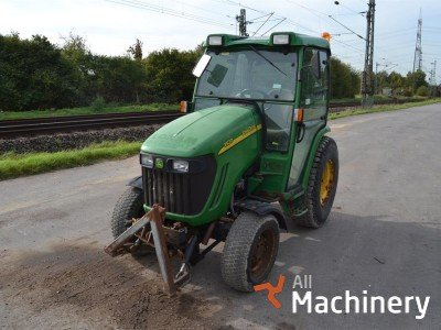 JOHN DEERE 3520 mini traktoriai