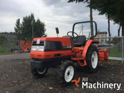 KUBOTA GL-220 ratiniai traktoriai