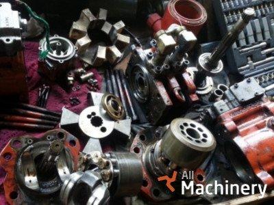 CASE IH 4400 Series traktorių varikliai ir jų dalys